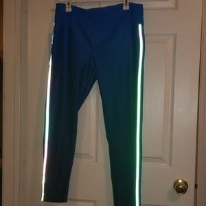 MPG sport blue ombre 7/8 leggings. Size XL
